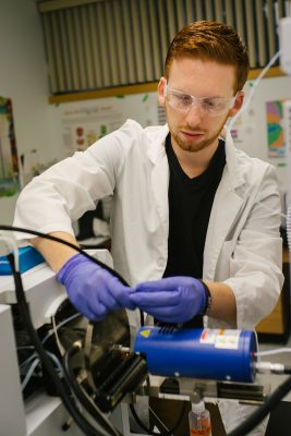 Student working at International Forensic Research Institute at FIU